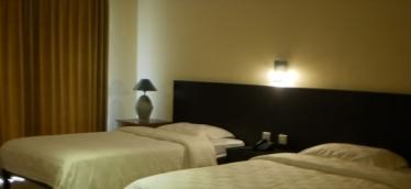 Hotel Grand Pujon, www.hoteldimalangbatu.wordpress.com, 085 755 059 965