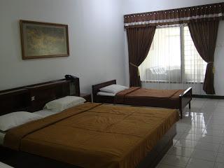 Dendrobium Room, www.hoteldimalangbatu.wordpress.com